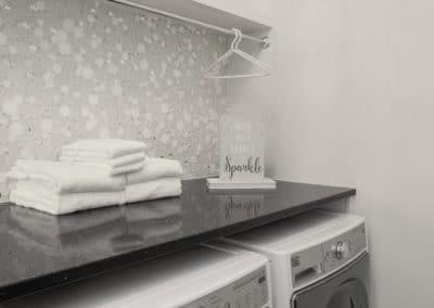 Glamorous Laundry Room (2)